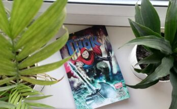 Okładka komiksu Thor niegodny